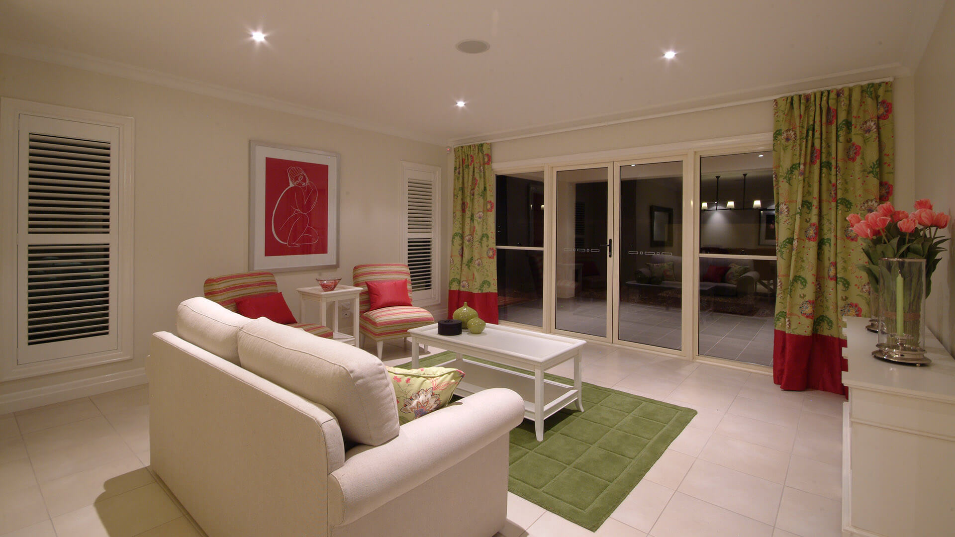 Toorak Display 32